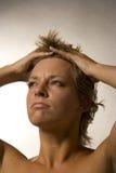 Portrait einer Frau, die wütend schaut Lizenzfreies Stockfoto