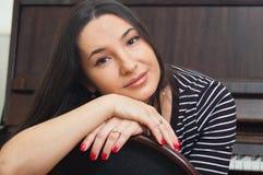 Portrait einer jungen Frau Lizenzfreie Stockbilder