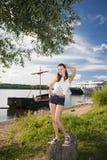 Portrait einer jungen schönen Frau. Stockbilder