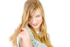 Portrait einer lächelnden Jugendlichen stockfotos