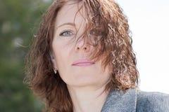 Portrait einer schönen Frau Stockfoto
