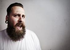 Portrait eines bärtigen Mannes stockfotografie