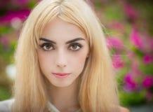 Portrait eines blonden Mädchens Lizenzfreies Stockbild