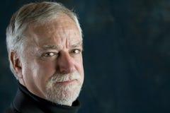 Portrait eines fälligen Mannes Lizenzfreies Stockfoto