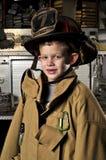 Portrait eines firemans Sohns Lizenzfreies Stockfoto