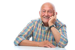 Portrait eines glücklichen Lächelns des älteren Mannes Stockbild