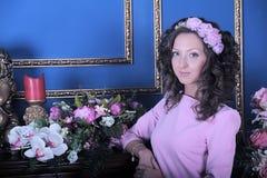 Portrait eines jungen Brunette Stockbilder