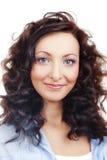 Portrait eines Mädchens mit dem lockigen Haar Lizenzfreies Stockfoto