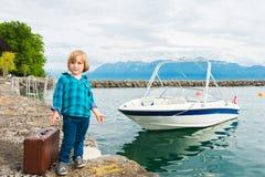 Portrait eines netten kleinen Jungen Lizenzfreies Stockfoto