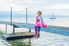 Portrait eines netten kleinen Mädchens Stockfoto