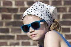 Portrait eines netten kleinen Mädchens Lizenzfreies Stockbild