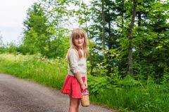 Portrait eines netten kleinen Mädchens Stockfotos