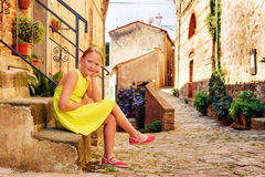 Portrait eines netten kleinen Mädchens Lizenzfreie Stockfotografie