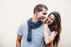 Portrait eines schönen jungen Paares Lizenzfreies Stockfoto