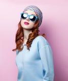 Portrait eines schönen Redheadmädchens Lizenzfreies Stockbild