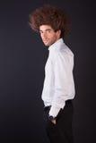 Portrait eines stattlichen und jungen Geschäftsmannes lizenzfreie stockfotografie