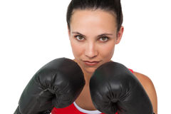Portrait en gros plan d'un boxeur féminin déterminé images stock