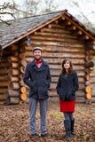 Portrait engagé heureux de couples photographie stock