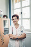 Portrait of experienced doctor Royalty Free Stock Photos