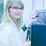 Portrait of a female researcher Royalty Free Stock Photos