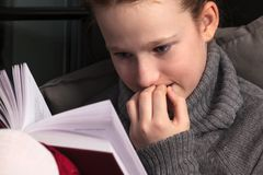 Portrait of girl reading book Royalty Free Stock Photo