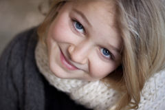 Portrait of a girl smiling at the camera Royalty Free Stock Photography