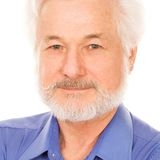 Portrait of handsome elderly man Royalty Free Stock Photography