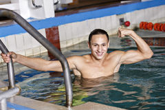 Portrait of a handsome man swimming Royalty Free Stock Photography