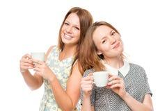Portrait horizontal de deux femmes avec des tasses de café Images libres de droits