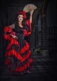 Portrait intégral de danseur espagnol avec la fan Photo libre de droits