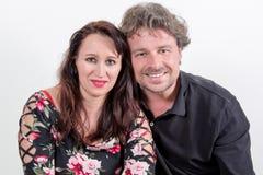 Portrait mûr de couples à l'arrière-plan blanc Images libres de droits