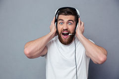 Portrait of a man in headphones screaming Royalty Free Stock Photos