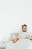 Portrait of a man reading a newspaper Royalty Free Stock Images