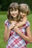 Portrait mit zwei Mädchen Stockfotografie