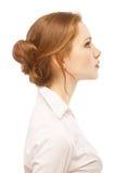 Portrait nah oben von der jungen Frau Stockbilder