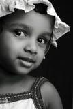 Portrait noir et blanc d'une fille Photo libre de droits