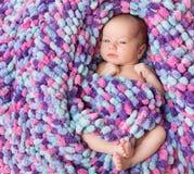 Portrait nouveau-né de bébé, bel enfant nouveau-né photographie stock libre de droits