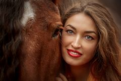 Free Portrait Of A Beautiful Young Woman With Tinker Horse Royalty Free Stock Images - 165835539