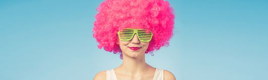 Portrait Of Beautiful Woman In Pink Wig And Green Glasses Royalty Free Stock Photos
