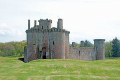 Free Portrait Of The Castle Royalty Free Stock Image - 25860346