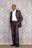 Portrait officiel de jeune homme noir photographie stock