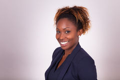 Portrait sûr de femme d'affaires d'Afro-américain image libre de droits