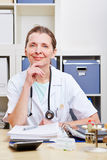 Portrait of senior doctor in office Royalty Free Stock Photos