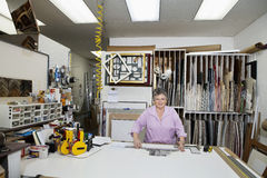Portrait of a senior owner in workshop Royalty Free Stock Photos