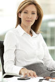 Portrait of a serene Businesswoman Royalty Free Stock Photos