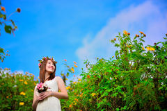 Portrait of smiling beautiful bride hold bouquet i Stock Images