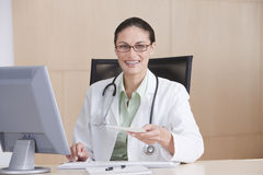 Portrait of smiling female doctor Royalty Free Stock Image