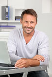 Portrait of smiling office worker Royalty Free Stock Photography