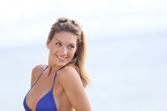 Portrait of a smiling woman by the sea Royalty Free Stock Photos