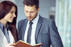 Portrait of a smiling young business couple Royalty Free Stock Images